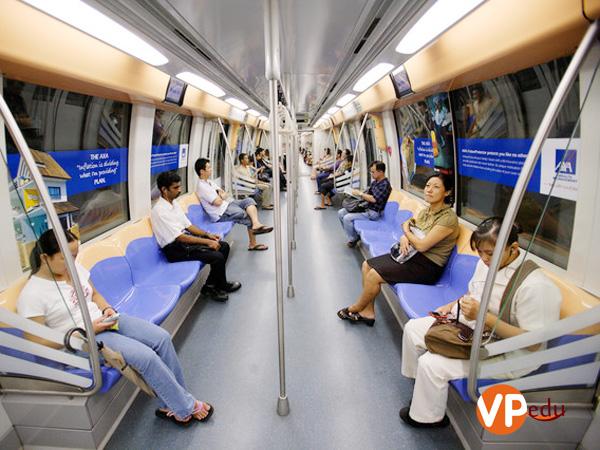 Hệ thống tàu điện ngầm tại Singapore