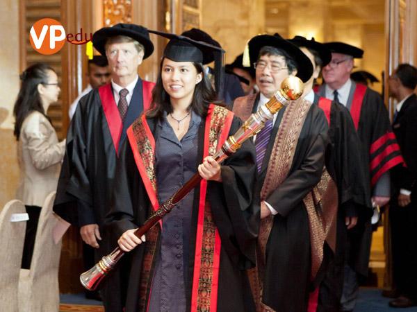 Lễ tốt nghiệp tại trường Đại học Help Malaysia