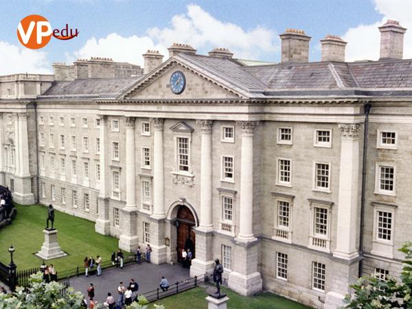 Trường Đại học Dublin (UCD)