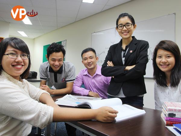 Trường Dimensions Singapore đào tạo ngành Quản lý chuỗi cung ứng và Logistics bậc cao đẳng và cao đẳng nâng cao