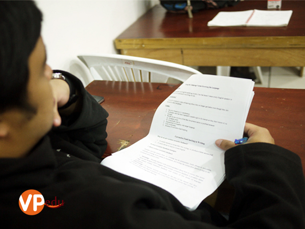 Trường anh ngữ JIC có đội ngũ giảng viên chất lượng và được kiểm tra, tập huấn hàng năm