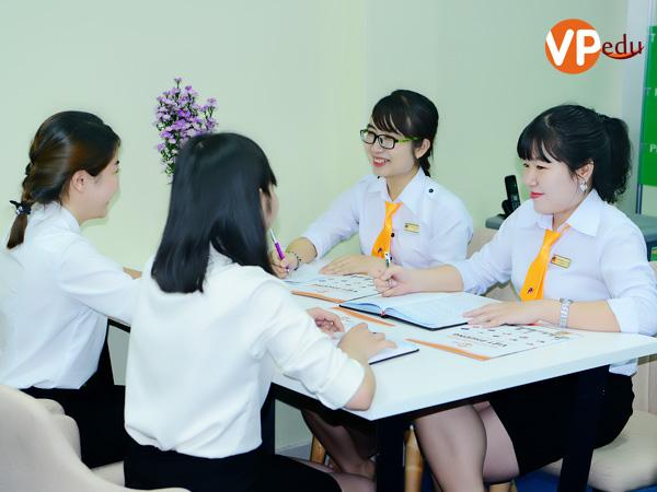 Tất cả Chuyên viên tư vấn VPEdu đều có giấy chứng nhận về tư vấn du học do Sở Giáo dục và Đào tạo thành phố Hồ Chí Minh cấp.