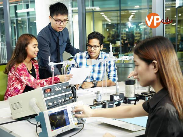 Phòng thực hành với cơ sở vật chất hiện đạii bậc nhất tại Malaysia