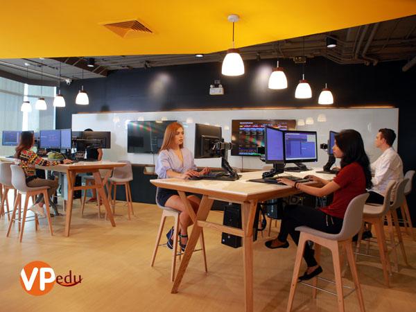 Sinh viên luôn nhận được sự hỗ trợ tối đa khi du học Thái Lan tại Đại học Stamford