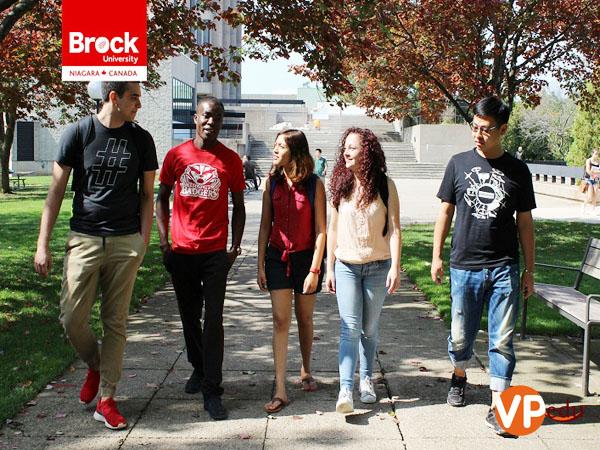 Chi phí sinh hoạt tại Đại học Brock Canada rất phù hợp với du học sinh Việt Nam