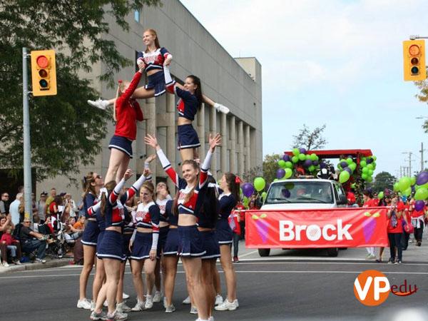 Đại học Brock sở hữu môi trường học tập lý tưởng