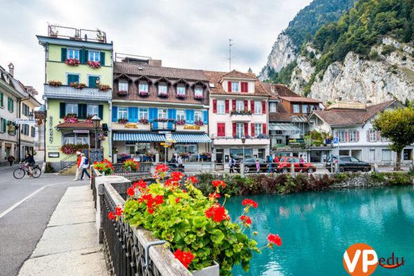 Chi phí du học Thụy Sĩ hết bao nhiêu tiền?