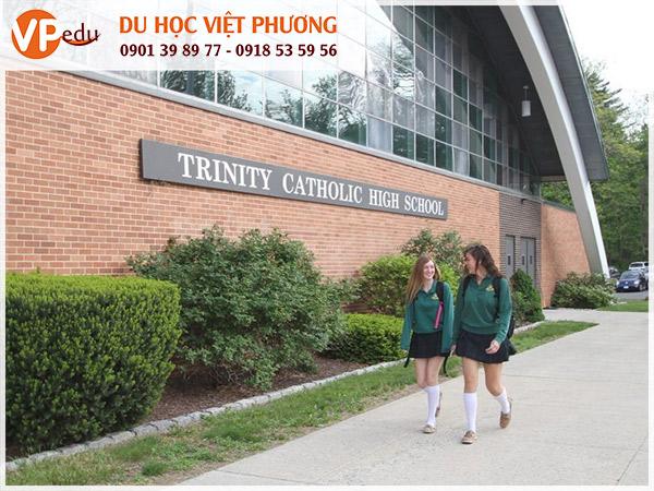 Trường Trinity Catholic High School, Mỹ  - ngôi trường giúp sinh viên phát triển toàn diện