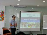 Đại diện trường Kaplan giới thiệu về chương trình học tại trường