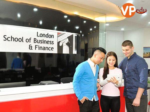 Trường LSBF là đơn vị đào tạo quản lý chuỗi cung ứng hàng đầu Đông Nam Á