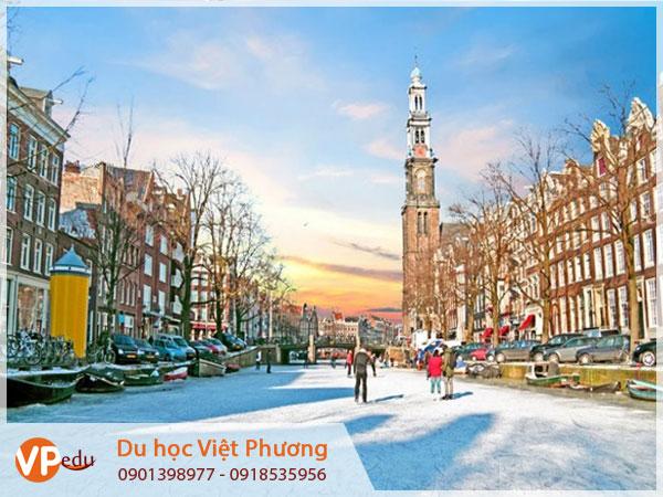 Khám phá cuộc sống yên bình tại Hà Lan