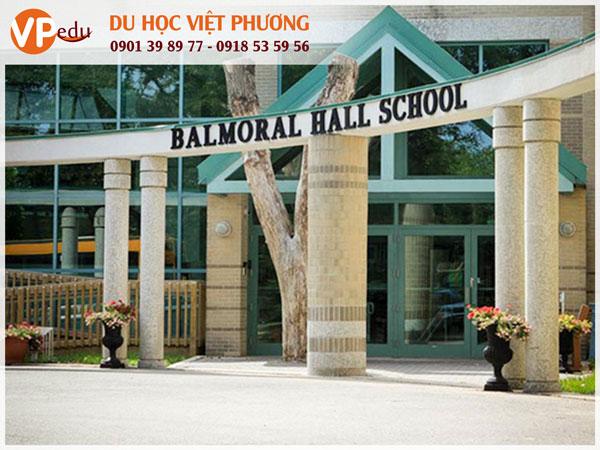Balmoral Hall School với hơn 100 năm lịch sử