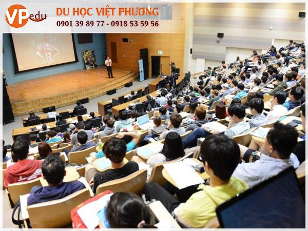 Lớp học tại Hàn Quốc - Du học với nhiều trải nghiệm thú vị