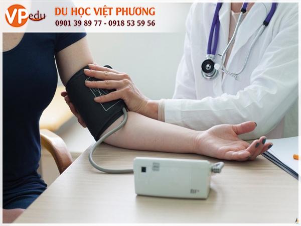 Du học ngành Y dược tại các trường đại học nổi tiếng ở Thụy Sĩ