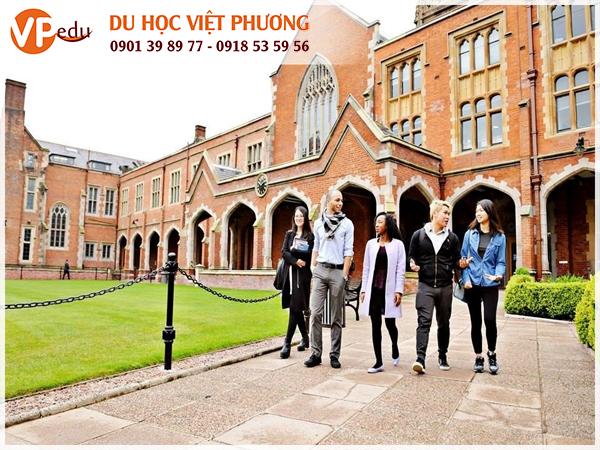 Sinh viên Đại học/ Cao đẳng tại Anh Quốc