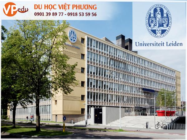 Đại học Leiden được xếp hạng cao nhất ở châu Âu về Nghệ thuật và Văn học. Xếp hạng 28 trong những trường Đại học tốt nhất trên thế giới và hạng 61 cho danh tiếng quốc tế.