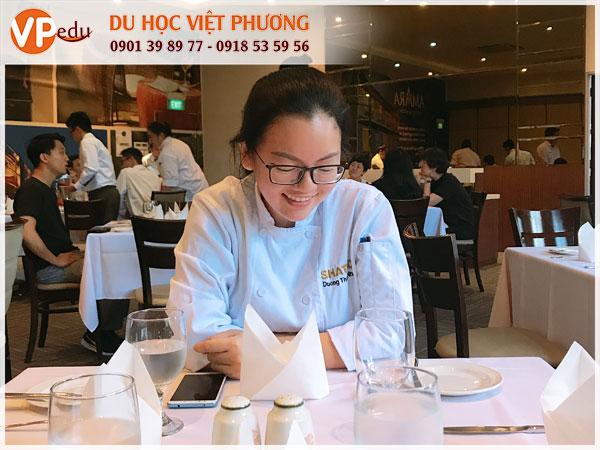 Thanh Nhã - Học sinh Việt Phương Edu du học ngành đầu bếp tại Singapore